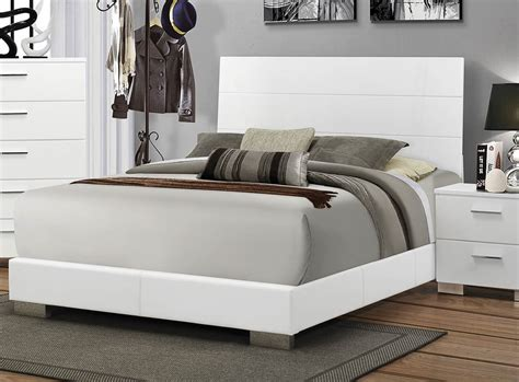 coaster felicity platform bedroom set white 300345 bed coaster felicity platform bedroom set white 300345 bed