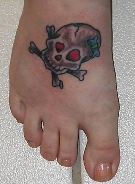 cute girly skull tattoos designs best 25 girly skull tattoos ideas on