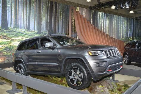 2016 jeep grand cherokee off road new trailhawk is the most off road capable jeep grand