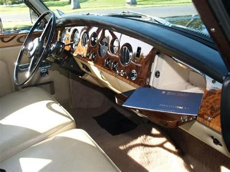 rolls royce vintage interior 25 best ideas about rolls royce phantom interior on
