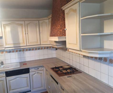repeindre meuble cuisine relooking meubles de cuisine et plan de travail luc