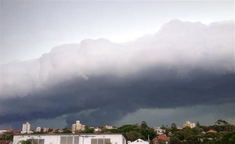 Shelf Cloud Sydney by Severe Storms And Heavy Sydney 5th March 2014 Storms