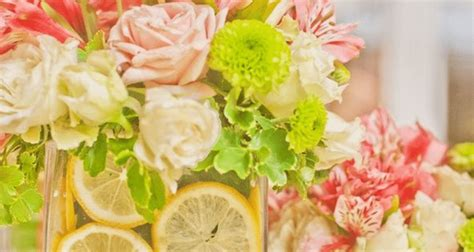 simple do it yourself wedding centerpieces five easy do it yourself wedding centerpiece ideas