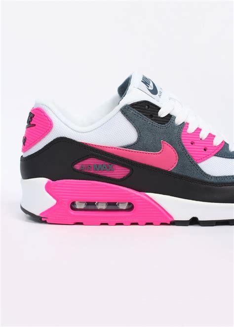Nike Air Max 90 White Pink nike air max 90 essential womens pink white