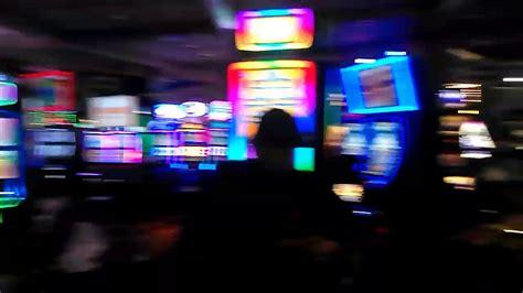 las vegas shooting everybody locked in hooters casino
