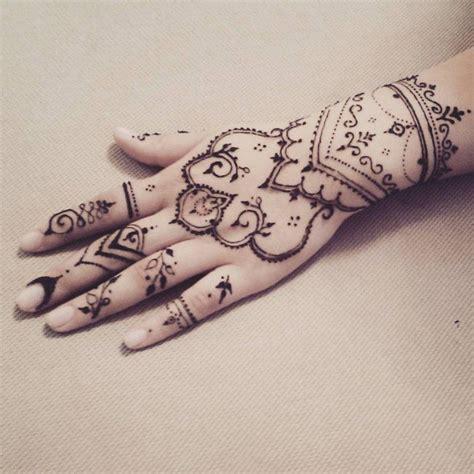 girly dreamcatcher tattoo designs 25 best ideas about catcher henna on