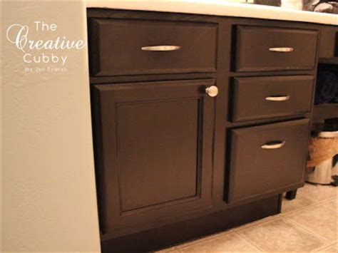 adding handles to kitchen cabinets the creative cubby how to add hardware to cabinets