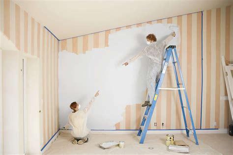 Peinture Pour Tapisserie by Comment Peindre Une Tapisserie Suivez Nos Conseils