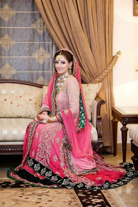 Stylish Bridal Wear Dresses In Pakistan With Sleeves 2018