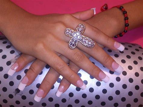 imagenes de uñas blancas de acrilico u 241 as acrilicas blancas con rojo