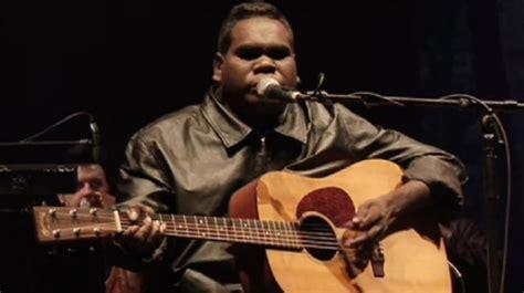 Blind G blind aboriginal musician dies in australia aged 46