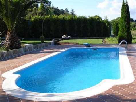 piscina in giardino quanto costa una piscina da giardino il mondo delle piscine
