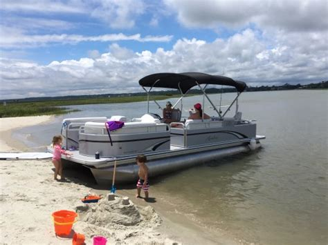 beach house boat rentals bentley 250 party cruise picture of beach house boat rentals murrells inlet