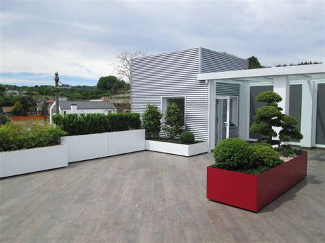 foto terrazze terrazzo moderno verde bianco rosso foto 1 terrazza