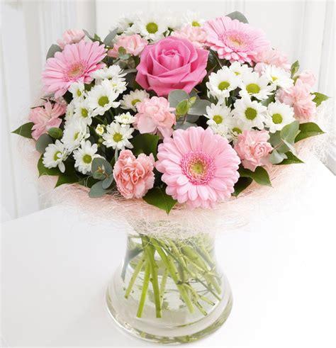 Pink Flower Vases by Pink White Flower Arrangement And Vase