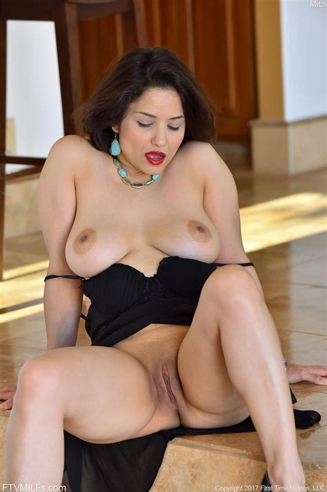 Showing Xxx Images For Mitzi Milf Xxx Fuckpix Club