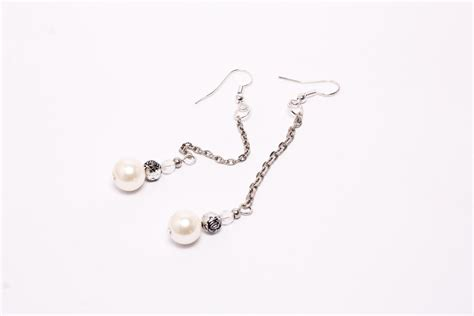 how to make pearl jewelry how to make dangling pearl earrings 10 steps with pictures