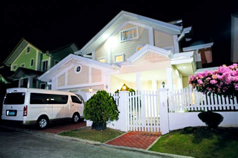 8 things to love about anne curtis house rl