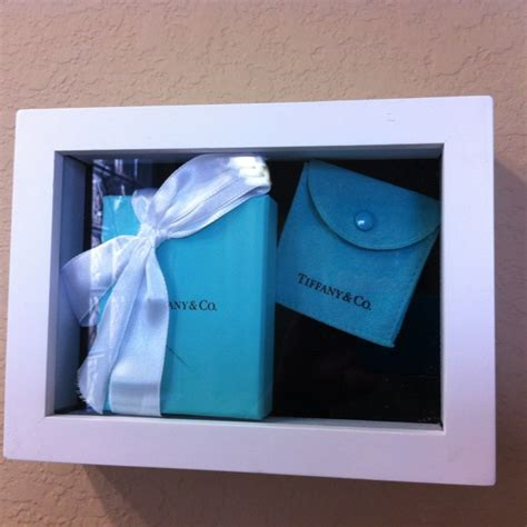 bathroom shadow box 10 best images about breakfast at tiffany s bathroom on