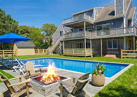 nantucket rental homes available for rent by the week martha s vineyard rentals mv vacation rental homes rooms