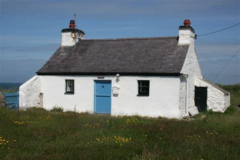 Rhosneigr Cottages by Rhosneigr Cottages Tyn Towyn