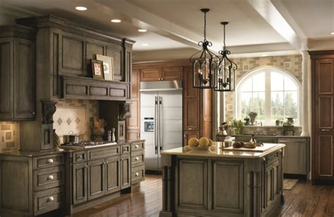 schuler kitchen cabinets schuler windsor maple appaloosa finish png