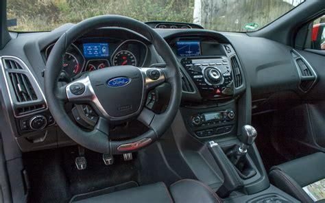 volante ford focus 2003 ersteindruck ford focus st mk3 driving