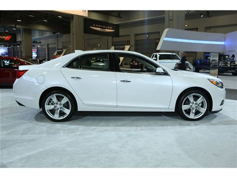 2015 chevrolet malibu pictures dashboard u s news best