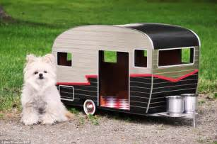 Small Dogs For Home Pet Cer A Tiny House Shaped Like A Trailer With