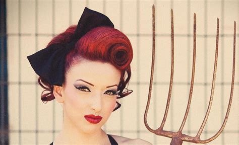 how to 50s updo vintage updo pinup swirl hair tutorial mobile accessible