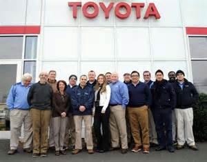 Toyota Stamford Service Stamford Auto Dealership Employees Split 1m Powerball