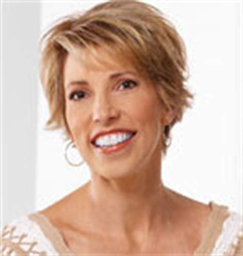 home shopping queen toni brattin leaving hsn home shopping queen is judy crowell back at qvc