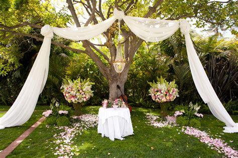 Backyard Wedding Altar Ideas Outdoor Wedding Altar Decorations Images