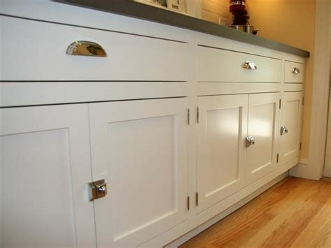 simple ideas to installing kitchen cabinet door