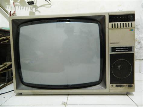 Televisi Akari 21 Inch djago antik vintage kolektibel sold televisi telesonic jadul 21 inch berwarna