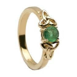 emerald knot celtic engagement ring 14k