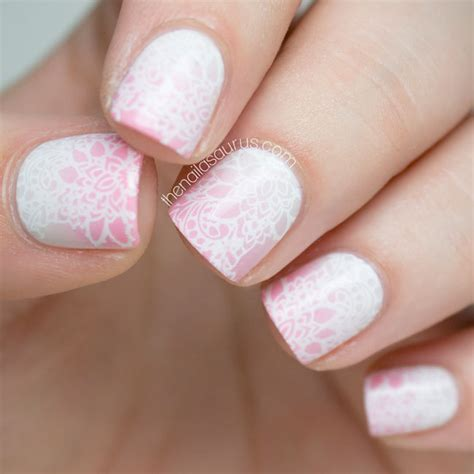How To Make Designs On Coffee by Soft Gradient Nail Art With Some Stamping The