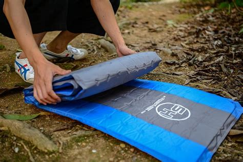 Self Inflating Mat Review by Survival Hax Self Inflating Sleeping Pad Review Survival