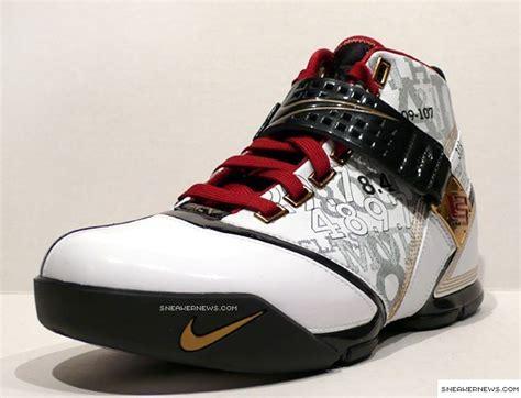 Lebron Dunk New Six Nike 0029 Casing For Oppo Neo 7 A33 Hardcase 2d nike zoom lebron v mr basketball locker sneakernews