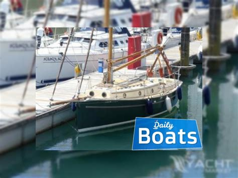 norfolk boats norfolk smuggler  sale daily boats buy review price  details