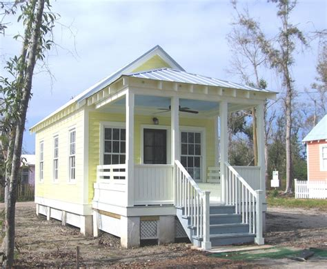 fema cottage horace holtman makes katrina cottages