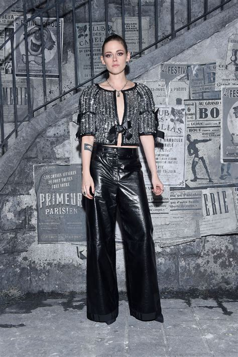 Fab Ad Chanel Mtiers Dart Collection by Kristen Stewart To Front Chanel Makeup Caign