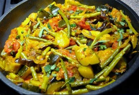 printable zucchini recipes zucchini eggplant and green beans with tomatoes whats