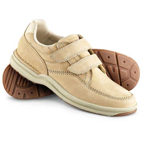 s rockport 174 world tour casner walking shoes sand
