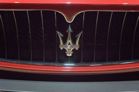 gold maserati logo 31 best images about car grills on pinterest cars chevy