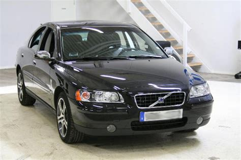 2006 volvo s60 headlight assembly how to change a 2006 volvo s60 rear wheel bearing how