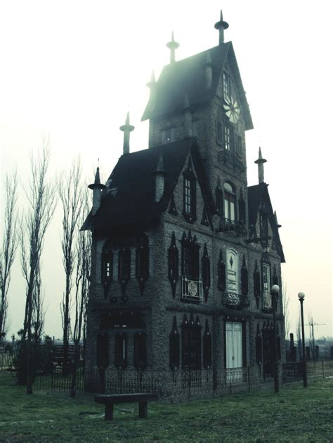 creepy house creepy house by branstock on deviantart