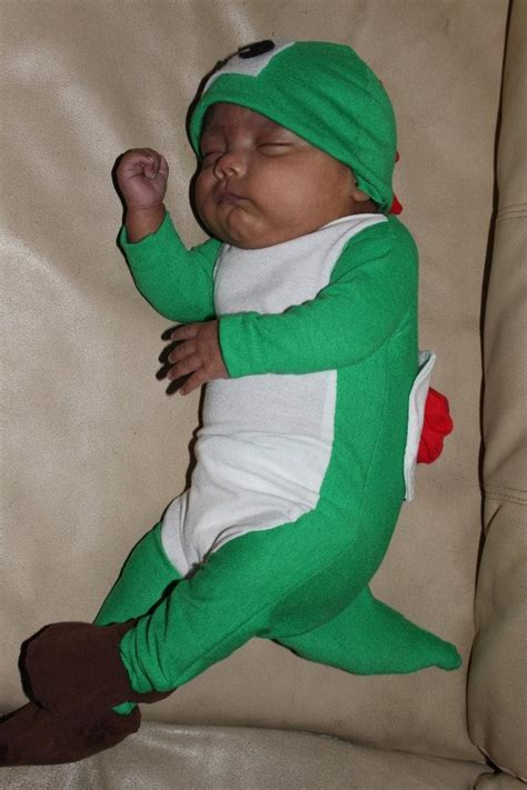 yoshi costume yoshi costume diy for baby and stroller would be mario kart