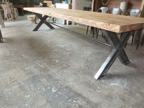 tres grande table de 3 5 m en bois recycle et metal