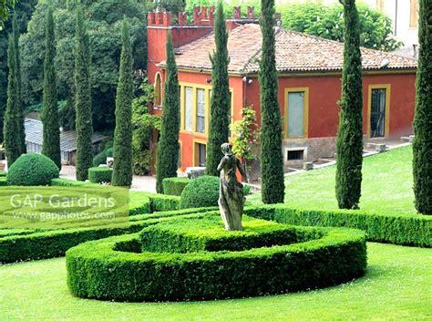 formal italian garden gap gardens formal italian garden giardini giusti